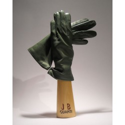 Gloves without lining