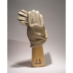 Gloves made of peccary with cashmere lining